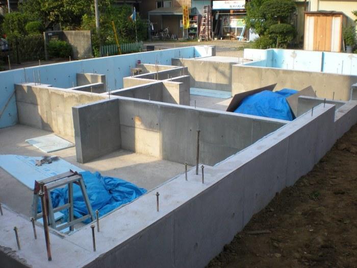 concrete%20walls.JPG